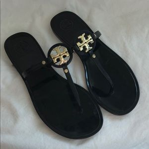 Great condition Tory Burch silicone sandals